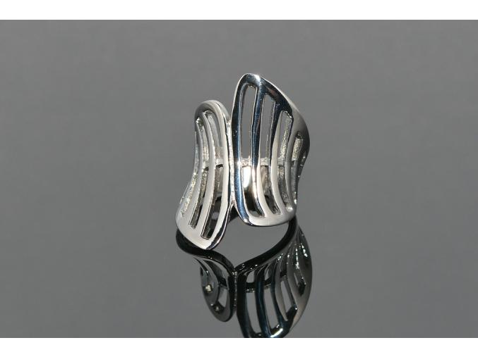 S0823 Výrazný prsten z chirurgické oceli